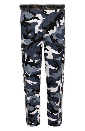 Хлопковые брюки-карго с камуфляжным принтом | Фото №1