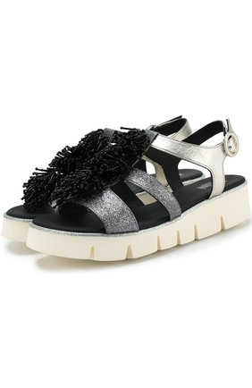 Кожаные сандалии с отделкой бисером | Фото №1