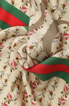 Женский шелковый платок с цветочным принтом и логотипом бренда GUCCI бежевого цвета, арт. 499123/3G001 | Фото 2