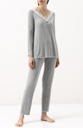 Однотонная пижама с кружевной отделкой Imec серая | Фото №1