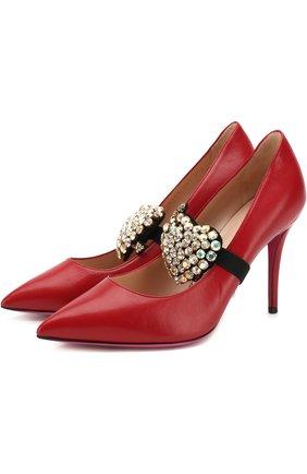 Женские кожаные туфли с брошью на шпильке GUCCI красного цвета, арт. 496593/C9D00   Фото 1