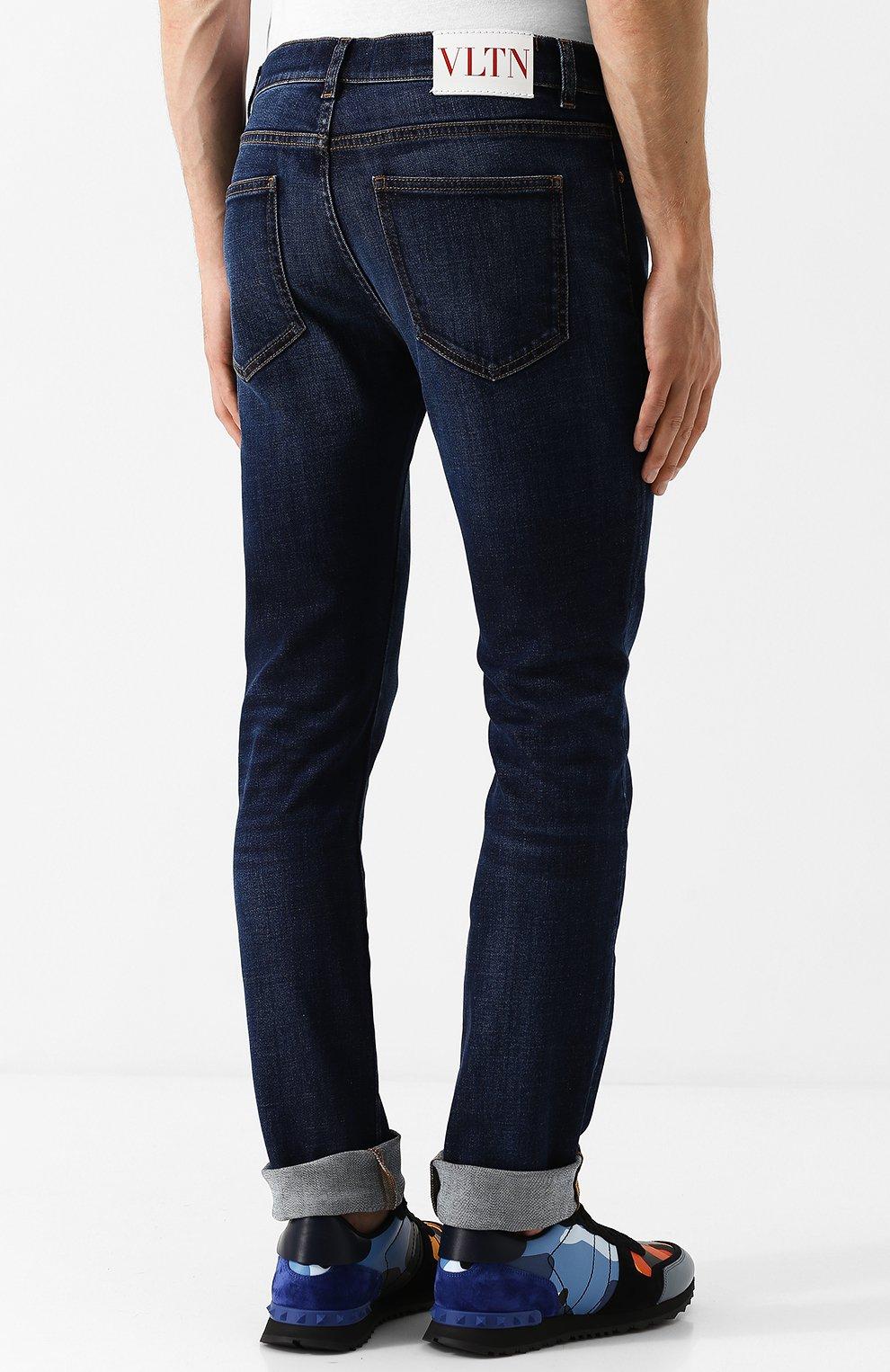 Джинсы прямого кроя Valentino темно-синие | Фото №4