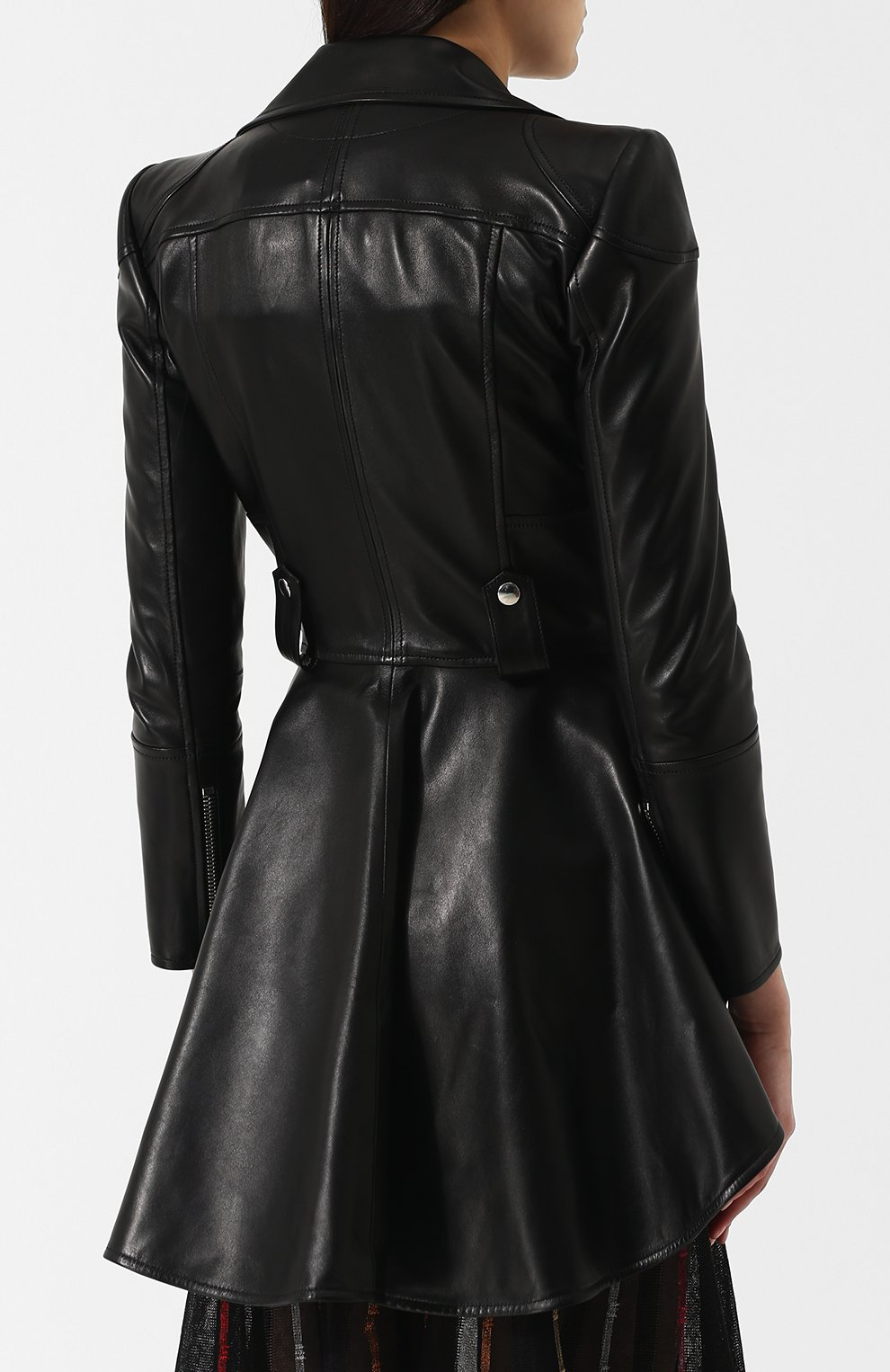 Женская приталенная кожаная куртка с удлиненной спинкой ALEXANDER MCQUEEN черного цвета, арт. 507772/Q5KWI | Фото 4
