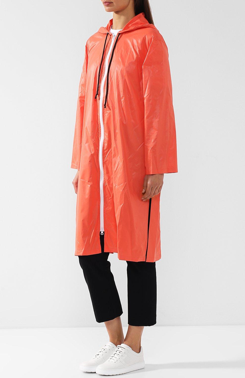 Пальто с капюшоном и полупрозрачной вставкой на спине Subterranei красного цвета | Фото №3