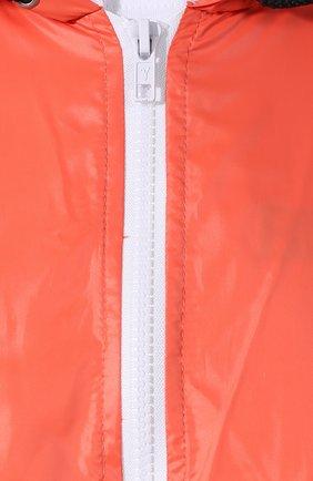 Пальто с капюшоном и полупрозрачной вставкой на спине Subterranei красного цвета | Фото №5