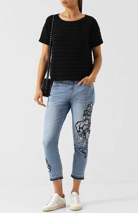 Укороченные джинсы с декоративной отделкой Escada Sport синие | Фото №1