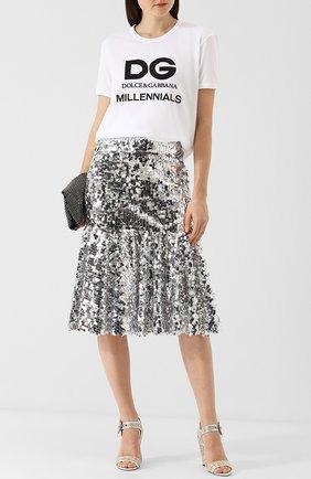 Женская юбка-миди с эластичным поясом и пайетками DOLCE & GABBANA серебряного цвета, арт. F4A7ST/FLSA8 | Фото 2