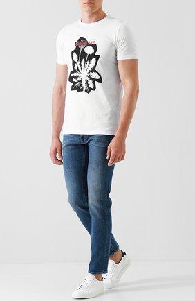 Хлопковая футболка с принтом HUGO серая   Фото №1