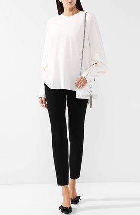 Женская однотонная шелковая блуза с круглым вырезом Oscar de la Renta, цвет белый, арт. 18PN7169SSG в ЦУМ | Фото №1