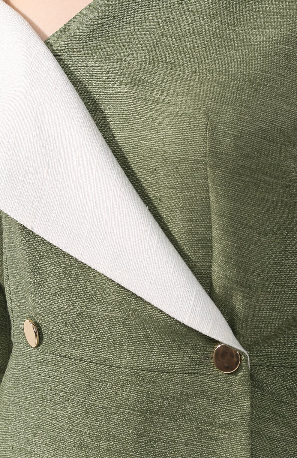 Приталенное платье-миди с открытым плечом   Фото №5
