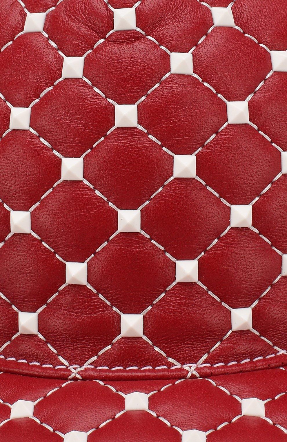 Кожаная кепка Valentino Garavani Rockstud Spike Free Valentino красного цвета   Фото №3