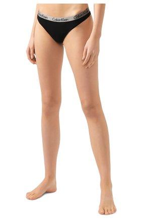 Женские хлопковые стринги с логотипом бренда CALVIN KLEIN черного цвета, арт. QD3539E | Фото 2