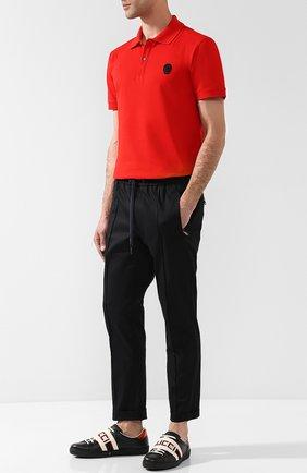 Мужские кожаные кеды с логотипом бренда GUCCI черного цвета, арт. 523469/0FIV0 | Фото 2