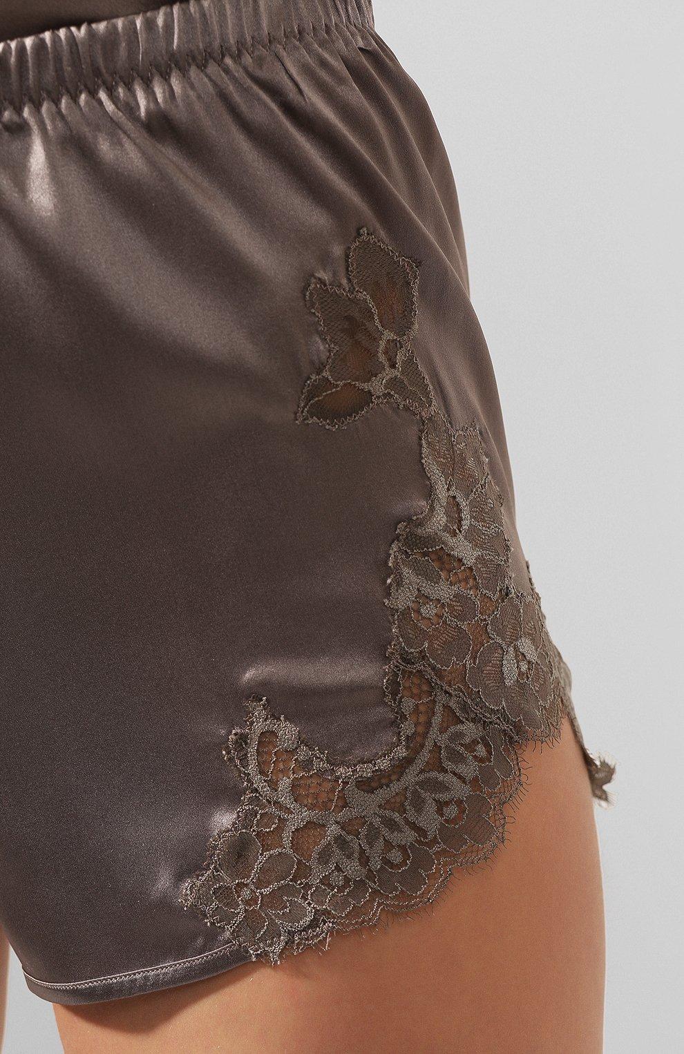 Женские шелковые шорты COTTON CLUB коричневого цвета, арт. 8VA   Фото 5 (Женское Кросс-КТ: Шорты; Материал внешний: Шелк; Длина Ж (юбки, платья, шорты): Мини; Статус проверки: Проверено, Проверена категория)