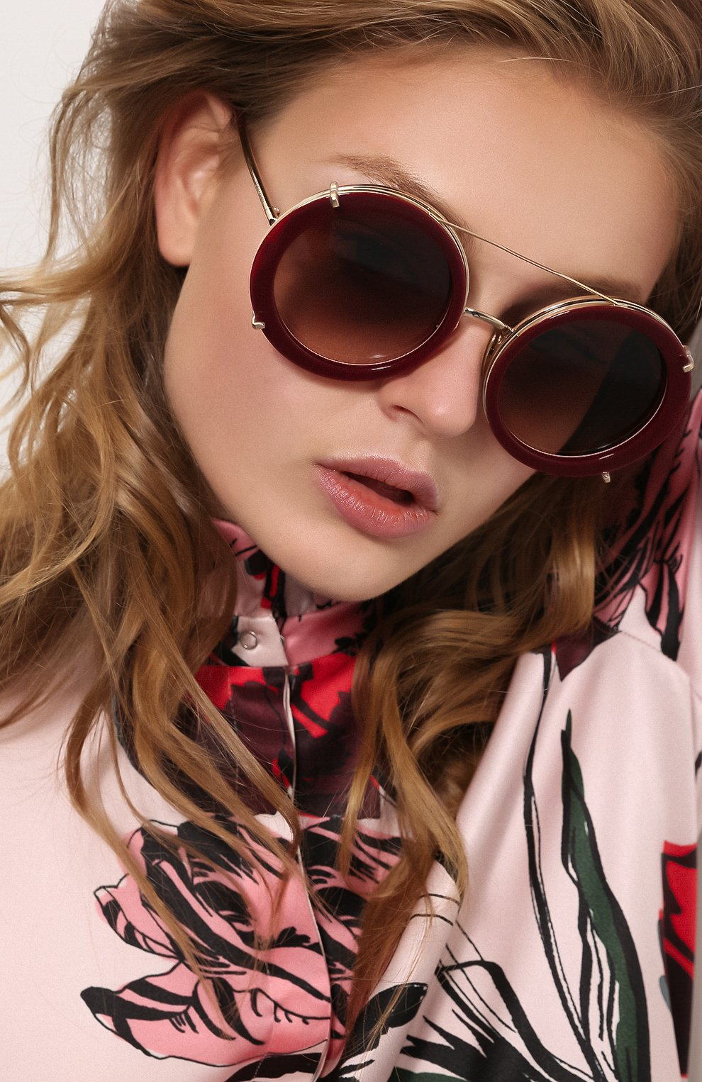 Женские солнцезащитные очки DOLCE & GABBANA леопардового цвета, арт. 2198-131813 | Фото 2