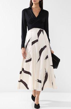 Женская укороченная шелковая блуза T by Alexander Wang, цвет черный, арт. 4W281014Y6 в ЦУМ | Фото №1