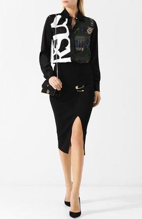 Однотонная юбка с высоким разрезом и декоративной отделкой Versus Versace черная   Фото №1