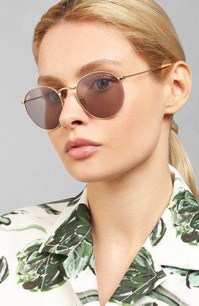 Женские солнцезащитные очки RAY-BAN сиреневого цвета, арт. 3447-9064V8 | Фото 2