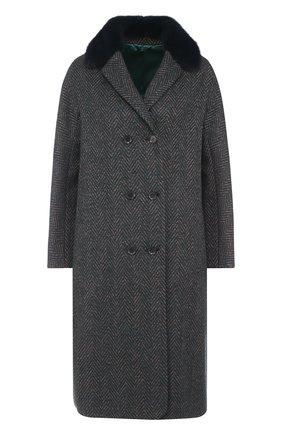 Двубортное пальто с меховым воротником | Фото №1