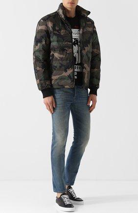 Мужские джинсы прямого кроя с потертостями GUCCI синего цвета, арт. 430368/XR191 | Фото 2