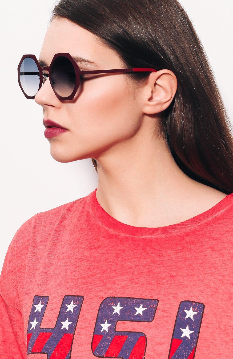Женские солнцезащитные очки FENDI бордового цвета, арт. 0152 0M8 | Фото 2