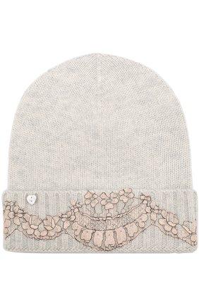 Кашемировая шапка бини с кружевной отделкой Vintage Shades светло-серого цвета | Фото №1
