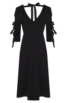 Однотонное платье с укороченным рукавом и V-образным вырезом | Фото №1