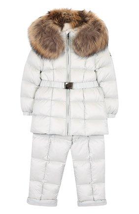 Детский комплект из пуховой куртки и комбинезона на подтяжках MONCLER ENFANT светло-серого цвета, арт. D2-951-70336-25-53048 | Фото 1