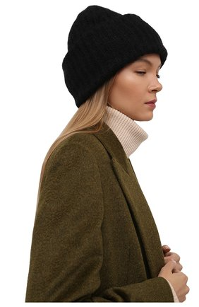 Женская шапка TAK.ORI черного цвета, арт. AC043MW018PF17 | Фото 2