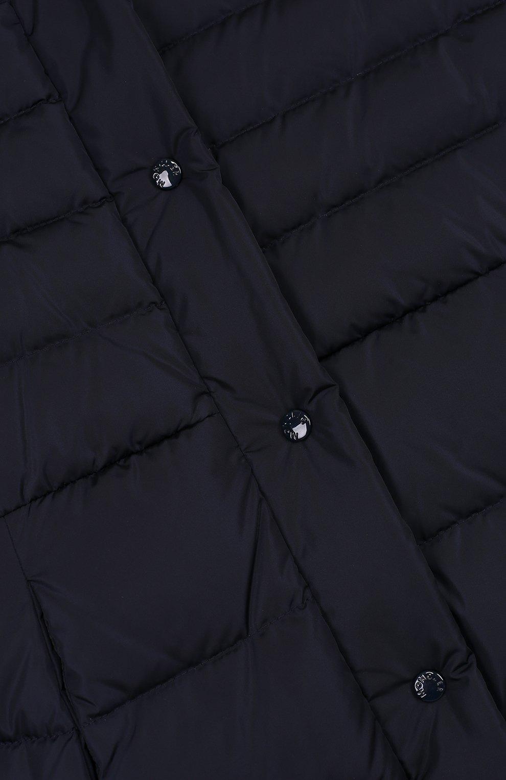 Пуховое пальто с меховой отделкой на капюшоне | Фото №3