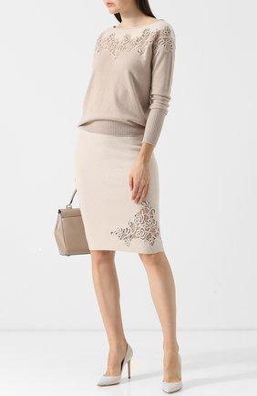Однотонная юбка-карандаш с декоративной вышивкой D.Exterior светло-бежевая | Фото №1
