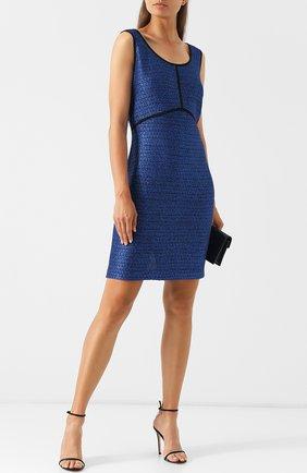 Вязаное мини-платье с круглым вырезом St. John синее | Фото №1