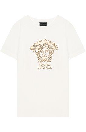 Детская хлопковая футболка со стразами Young Versace белого цвета | Фото №1