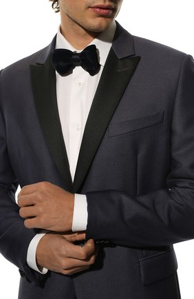 Мужской галстук-бабочка из смеси шелка и вискозы GIORGIO ARMANI темно-синего цвета, арт. 360091/7A902 | Фото 2