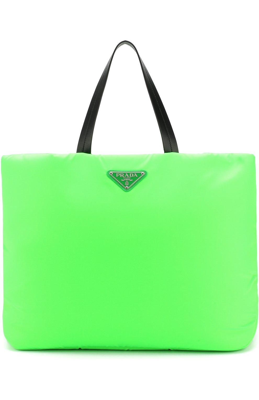 b53ea947a21d Женская сумка-тоут medium padded nylon PRADA зеленая цвета — купить ...