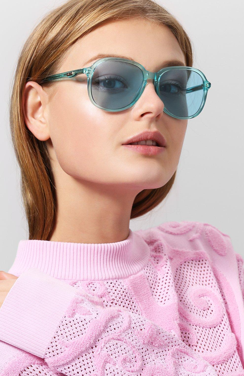 Женские солнцезащитные очки GUCCI голубого цвета, арт. GG0259 001 | Фото 2