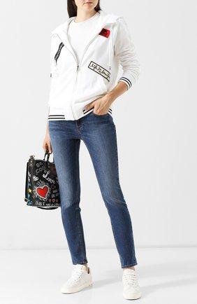 Женские джинсы прямого кроя с потертостями DOLCE & GABBANA синего цвета, арт. FTAQWD/G890R | Фото 2