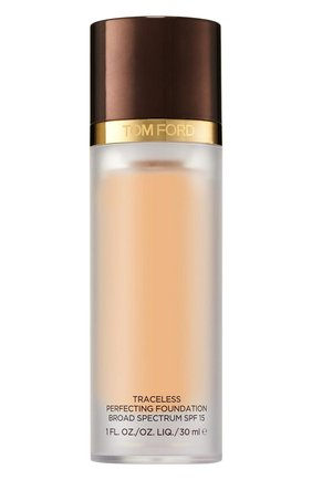 Крем-пудра Traceless Perfecting Foundation SPF 15, оттенок 4 Fawn | Фото №1