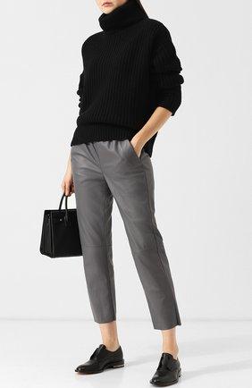 Укороченные кожаные брюки с эластичным поясом DROMe серые | Фото №1