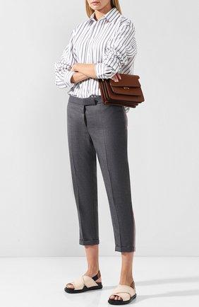 Укороченные шерстяные брюки со стрелками и контрастными лампасами Thom Browne темно-серые | Фото №1