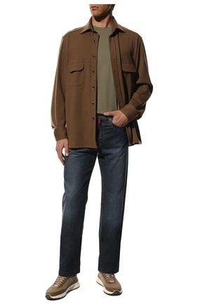 Мужские джинсы прямого кроя с потертостями KITON темно-синего цвета, арт. UPNJS1/J02R54 | Фото 2