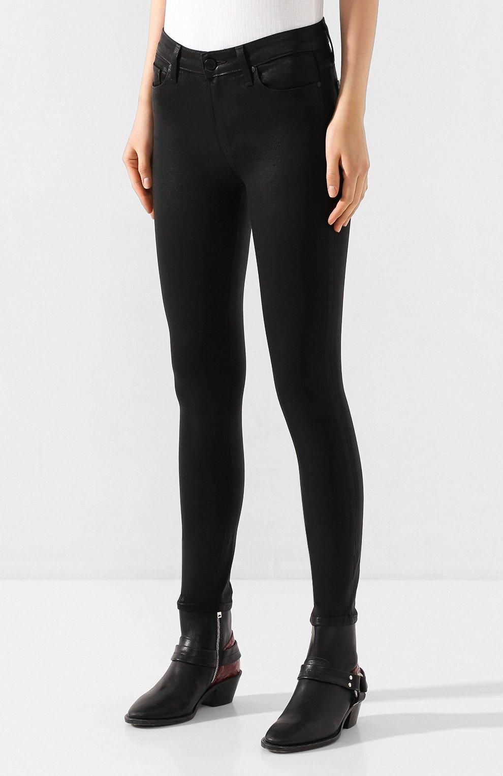 Укороченные джинсы с потертостями | Фото №3