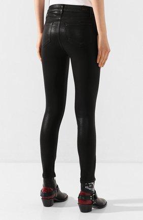 Укороченные джинсы с потертостями | Фото №4