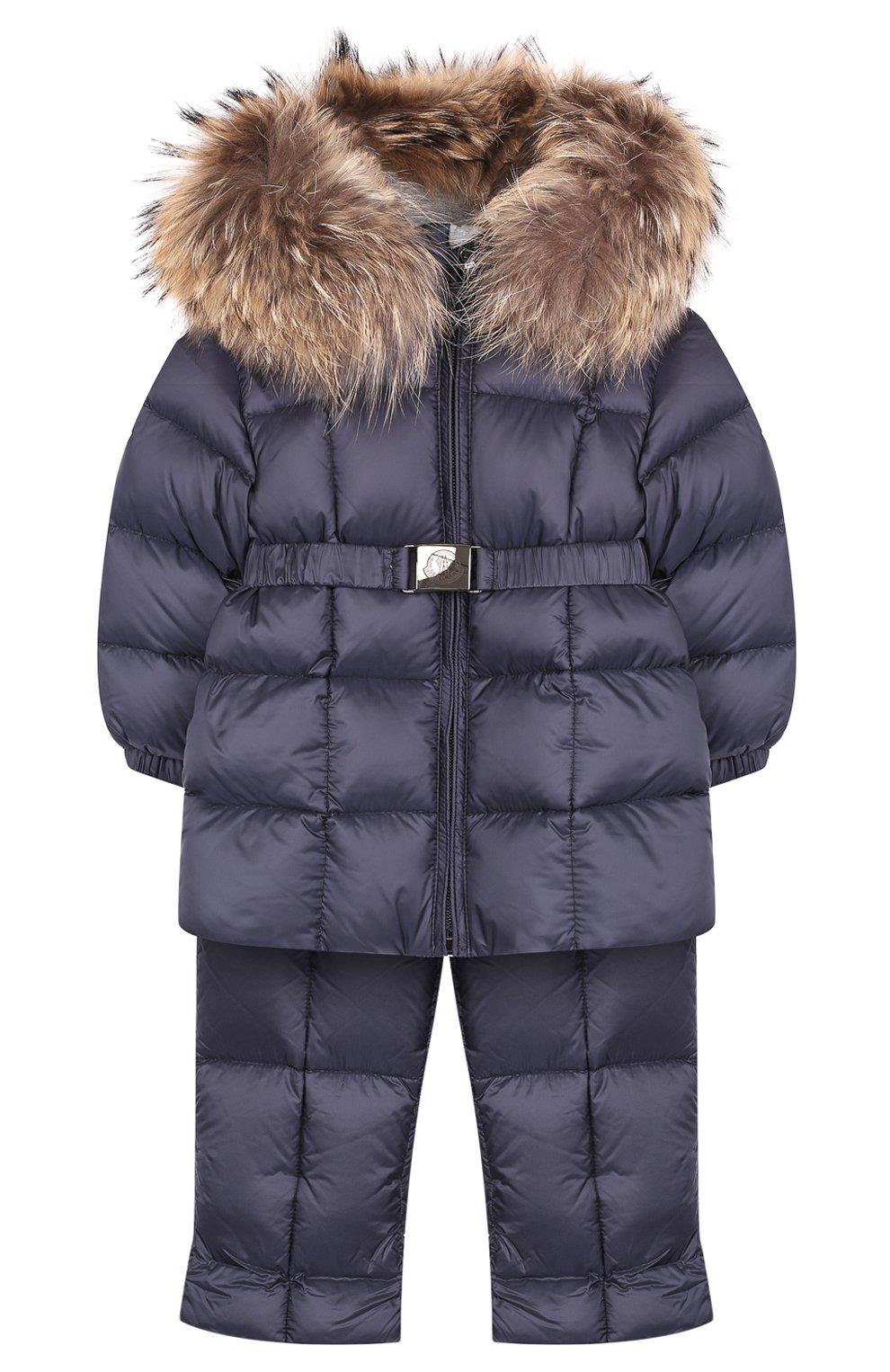 Детский комплект из пуховой куртки и комбинезона на подтяжках MONCLER ENFANT темно-синего цвета, арт. D2-951-70336-25-53048 | Фото 1