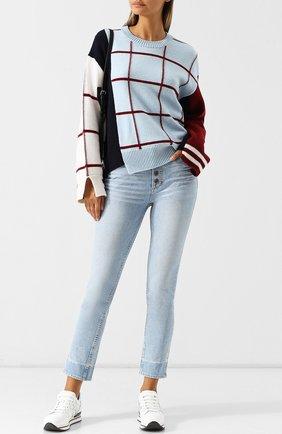 Укороченные джинсы с потертостями Paige голубые | Фото №1