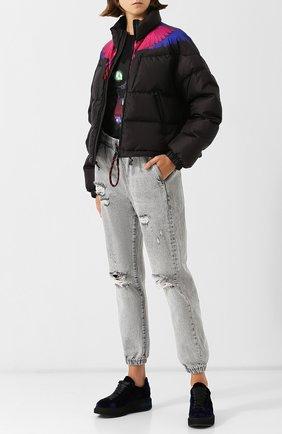 Стеганая куртка с воротником-стойкой и принтом Marcelo Burlon черная   Фото №1