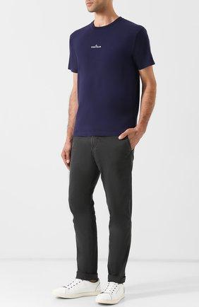 Хлопковая футболка с принтом Stone Island темно-синяя | Фото №1