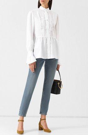 Женская хлопковая блуза с воротником-стойкой и расклешенными рукавами Alexachung, цвет белый, арт. 1802-BL01-C0234-000 в ЦУМ   Фото №1