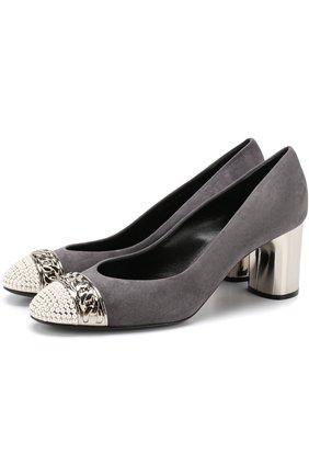 Замшевые туфли с декоративной отделкой на устойчивом каблуке Casadei светло-серые   Фото №1