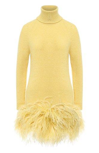 Вязаное шерстяное платье с перьевой отделкой